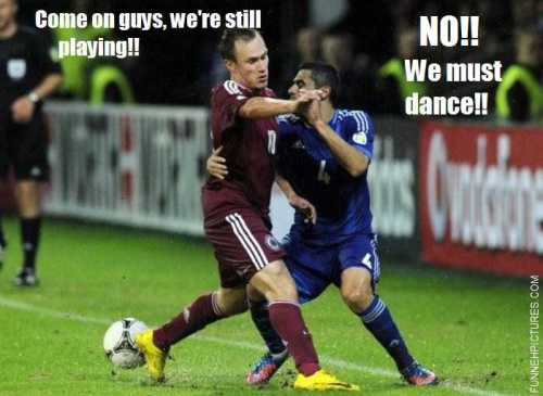 funny-pictures-footballs