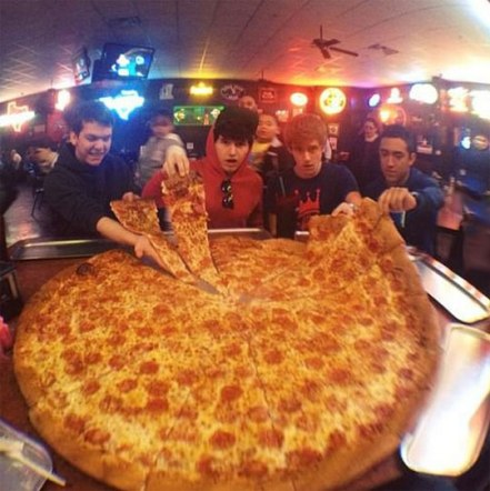 cool-teens-giant-pizza-slices