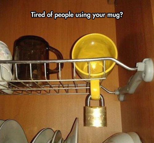 funny-kitchen-mug-lock